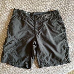 Columbia Omni Shade Hiking Shorts